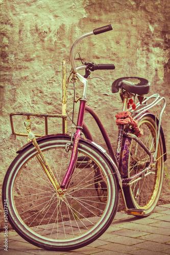 kolorowy-obraz-roweru-w-stylu-retro