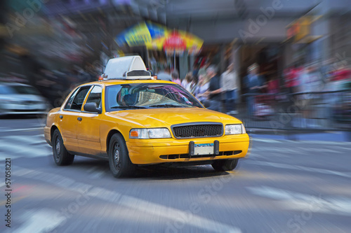 Leinwand Poster Yellow cab in New York.