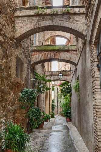 Spoed Foto op Canvas Smal steegje antique Italian alley
