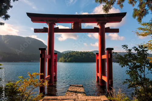 Spoed Foto op Canvas Japan Torii Gate