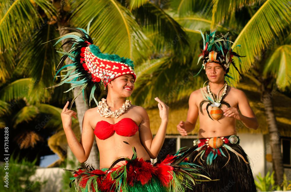 Fototapeta Young Polynesian Pacific Island Tahitian Dancers Couple