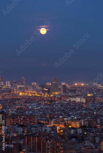 Foto op Aluminium Volle maan Barcelona at Night, Spain