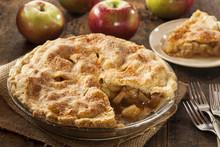 Homemade Organic Apple Pie Des...