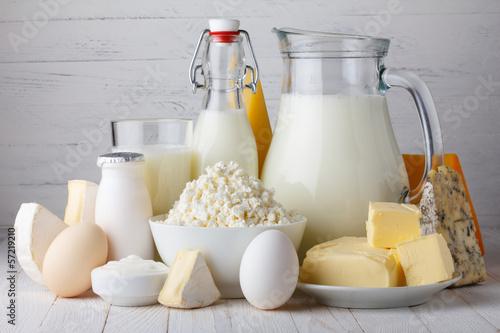 produkty-mleczne-mleko-twarog-jajka