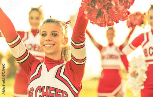 Fotografía Portrait of a cheerleeder in action