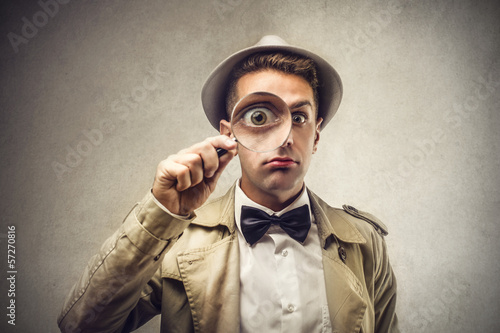 Pinturas sobre lienzo  detective