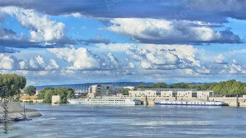 Fotomural River ships in Arles, France, HDR