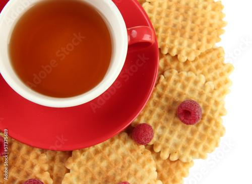 filizanka-herbata-z-ciastek-i-malinek-zakonczeniem