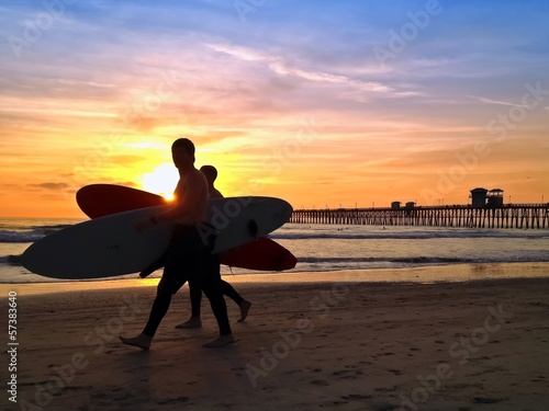 Photo  Surfers Sunset Oceanside Pier Beach San Diego California USA