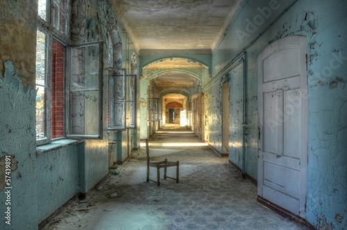 Photo Stands Old Hospital Beelitz Alter Korridor im alten Krankenhaus Beelitz