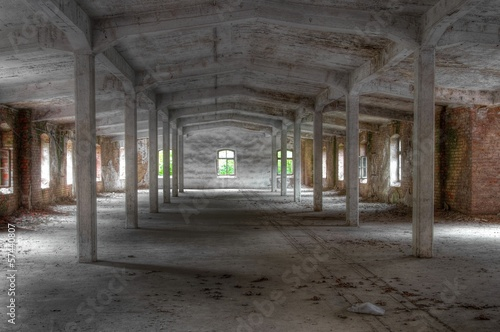 Fototapeta Verlassene alte Lagerhalle obraz na płótnie