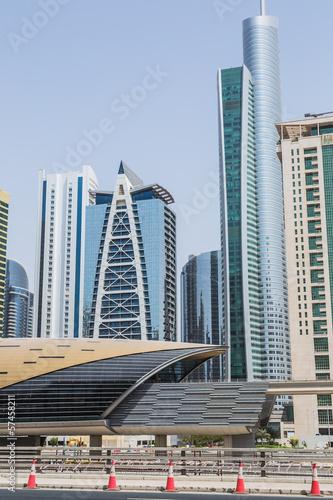 Fotobehang Midden Oosten Dubai Marina Metro Station, United Arab Emirates