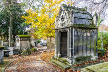 A View Of The Pere Lachaise, The Most Famous Cemetery In Paris, France,  With The Tombs Of Very Famous People