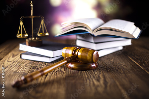 Photo  Justice Scale and Gavel