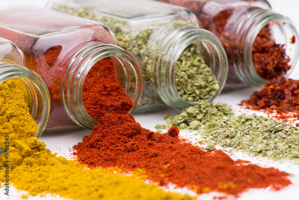 Fototapety, obrazy: Spilled Spices close-up