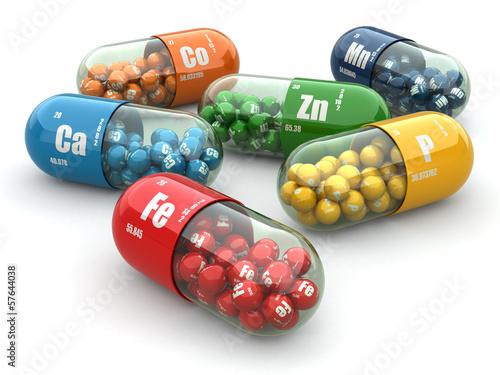 Fotografia  Dietary supplements. Variety pills. Vitamin capsules.
