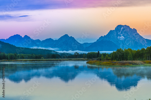 In de dag Bleke violet Grand Teton Reflection at Sunrise