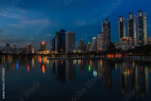 Foto op Aluminium New York Bangkok night.