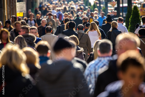 Fototapeta Anonymous crowd walking on a street in New York obraz