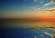 Spiegelung des Himmels im Wasser