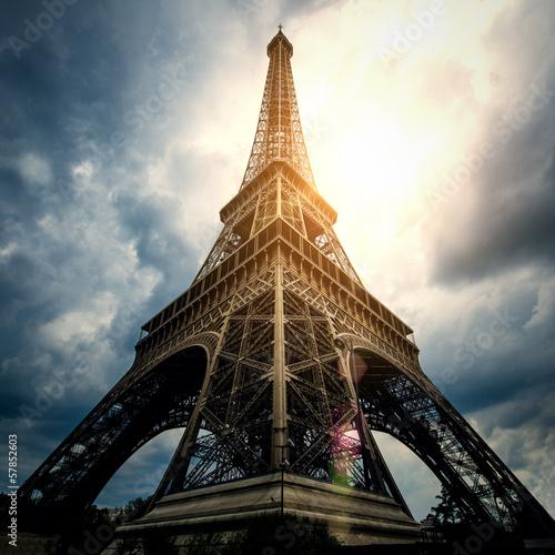 Papiers peints Paris Eiffel tower - Paris / France