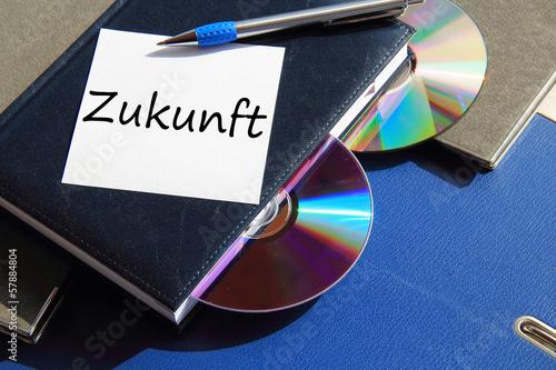 Photo  Buch mit CD und Zettel Zukunft