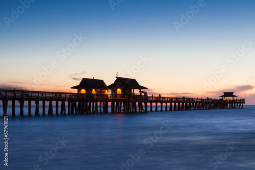 Foto-Rollo - Pier of Naples at twilight