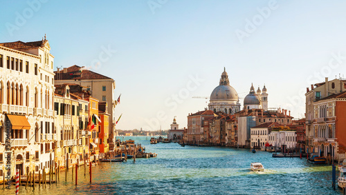 Fényképezés  View to Basilica Di Santa Maria della Salute in Venice