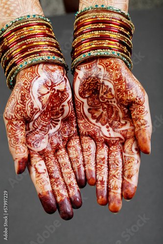 Fotografie, Obraz  Woman hands with henna
