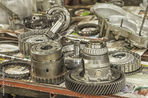 Fotografía  Automatic Transmission Parts