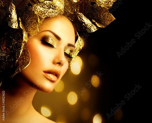 Foto op Aluminium Carnaval Fashion Glamour Makeup. Holiday Gold Make-up