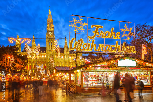 Foto op Canvas Wenen Christmas market in Vienna