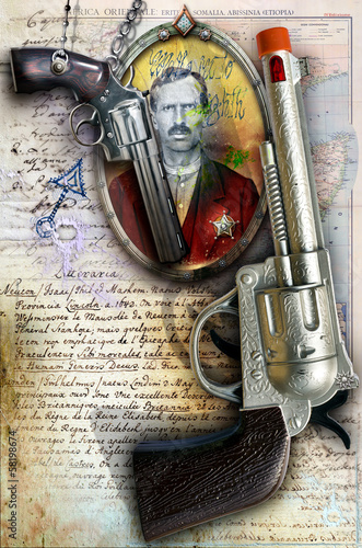 Background with old revolver and map © Rosario Rizzo