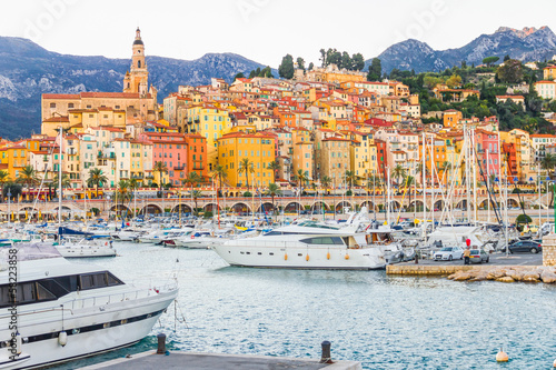 Spoed Foto op Canvas Nice Port in Menton, France