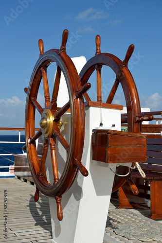 Helm of a sailing ship © Alvov