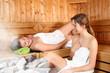 canvas print picture - in der Sauna entspannen