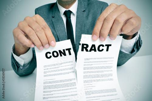 Fotografía  rip up the contract