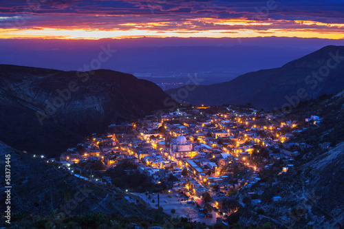 La pose en embrasure Mexique Real de Catorce - one of the magic towns in Mexico
