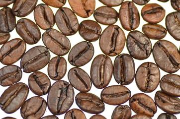 Fototapeta Kawa ziarna kawy na białym tle