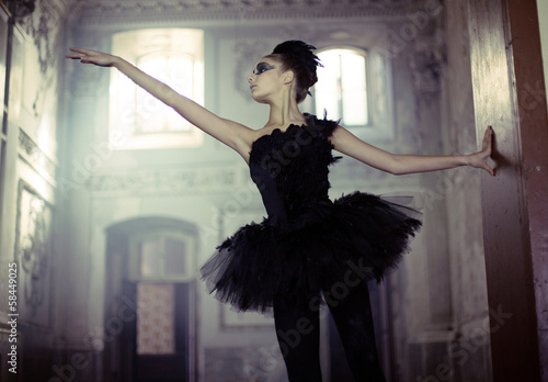 Spoed Foto op Canvas Foto van de dag Black swan ballet dancer in move