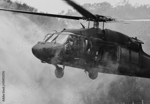 Fotografering  UH-60 Blackhawk Helicopter