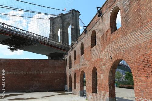 Photo  New York City, Brooklyn Bridge / Dumbo