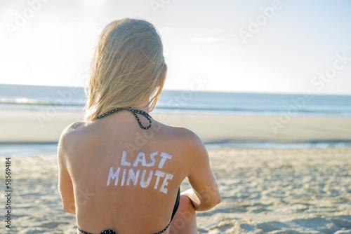 Photo  Last Minute Girl