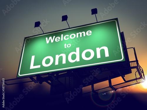 billboard-witamy-w-londynie-w-sunrise
