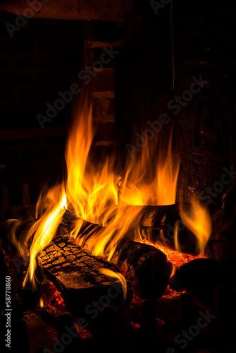 Fotografija fire in a fireplace