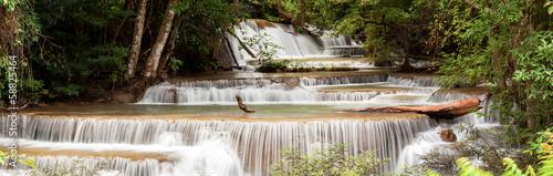 panorama-tropial-waterfall