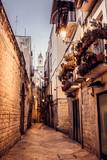 Ulice miasta Bari we Włoszech - 58834660
