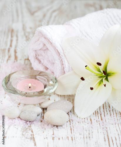 Keuken foto achterwand Spa Spa set with lily