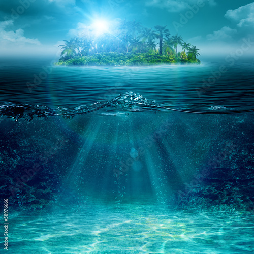 Ingelijste posters Eiland Alone island in ocean, abstract environmental backgrounds