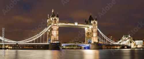 Foto op Canvas Londen London Tower bridge on sunset